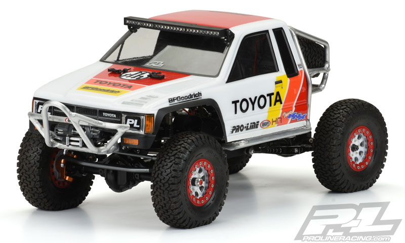 1985 Toyota HiLux SR5 Clear Body SCX10 313mm
